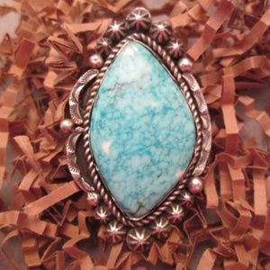 Gorgeous Navajo Sterling & Genuine TURQUOISE Ring